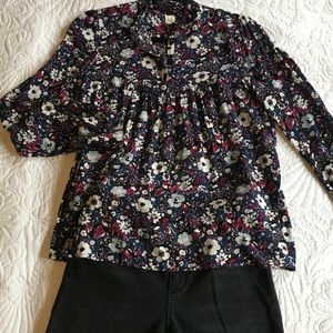 Gap Popover Style Floral Blouse w/ Ruffle Collar